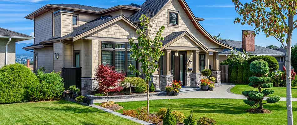 This home in Spokane benefits from regular fertilization and weed control treatments.